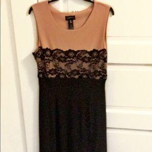 Enfocus NWOT l Long Lace Black & Pink Dress